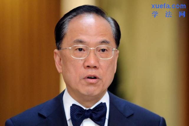 同一案子,为啥香港与大陆律师收费相差100倍?